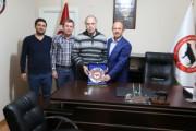 İstanbul Üniversitesi Onkoloji Enstitüsü Yrd.Doç.Dr. Yavuz DİZDAR hocamız birliğimizi ziyarette bulundu.